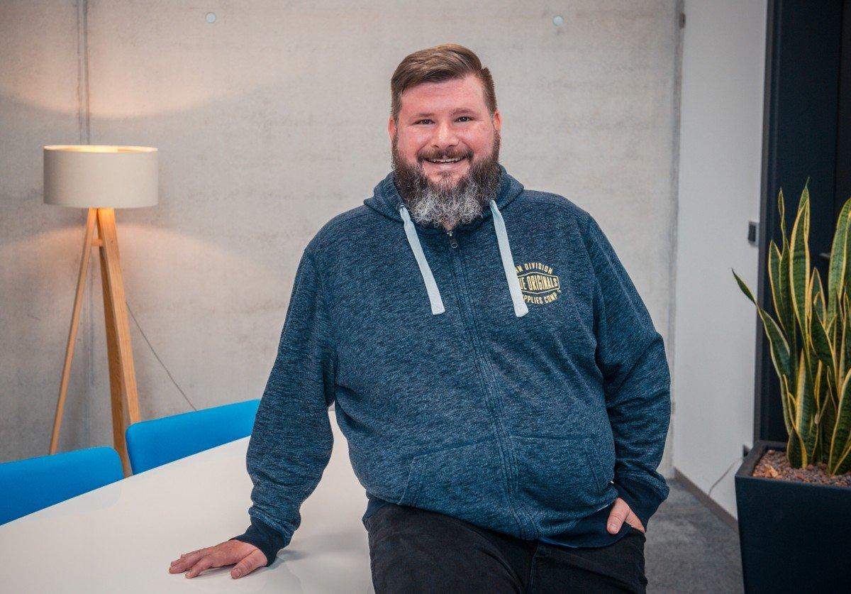 Florian Jürgens ist Geschäftsführer bei Mittwald und berichtet über Remote Work und das Agentur-Hub.