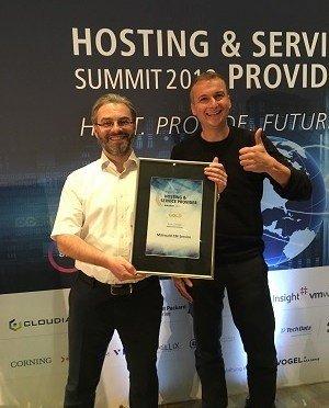 Mittwalds Geschäftsführer Robert Meyer und Jens Tiemeyer nahmen den vierten Hosting Award entgegen.