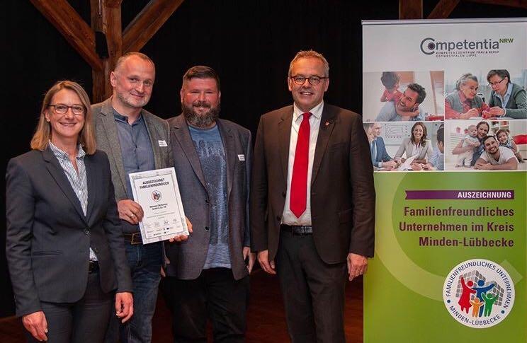 """Mittwald erhält die Auszeichnung """"Familienfreundliches Unternehmen im Kreis Minden-Lübbecke"""""""