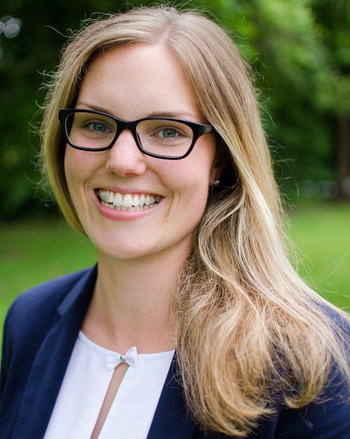 Carina Sooft ist seit August 2020 Nachhaltigkeitsmanagerin beim Webhoster Mittwald.