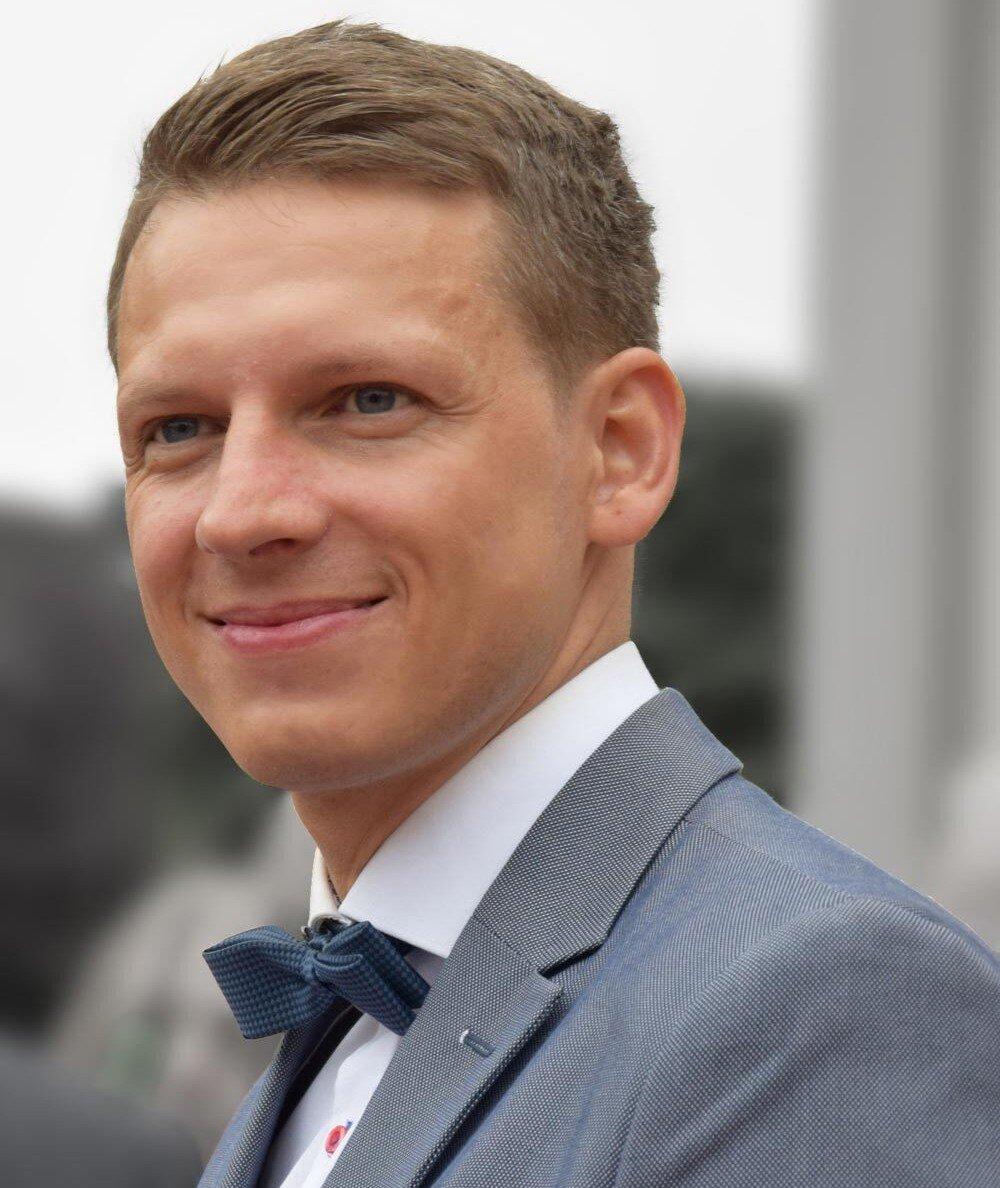 Tobias Schmidt hat bei Mittwald in der Corona-Zeit angefangen und berichtet über seinen Remote-Einstieg.