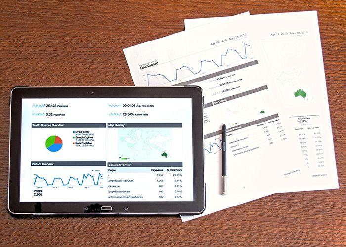 tablet mit matomo dashboard